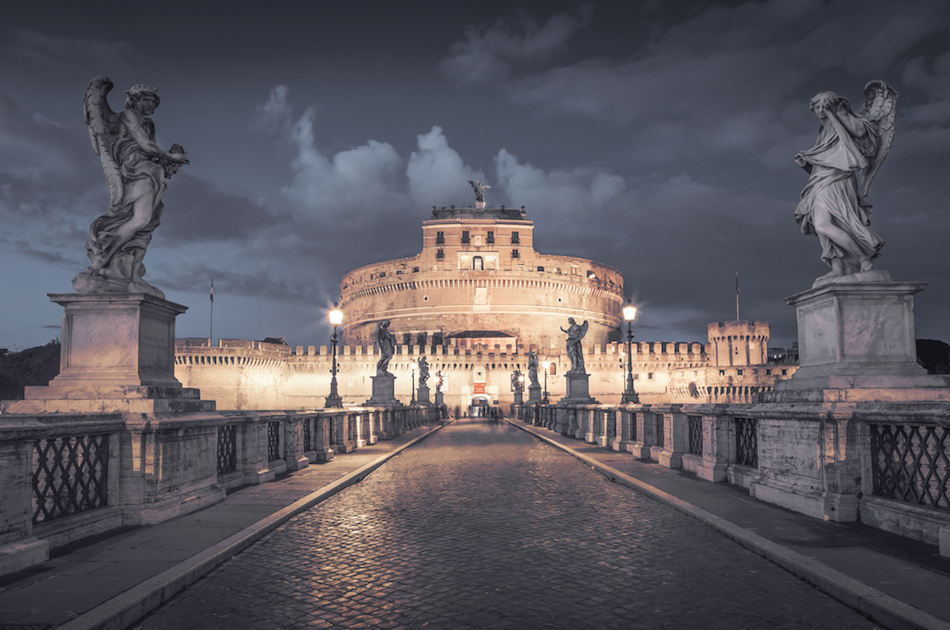 Castel sant'Angelo with the bridge of Angelsat Night