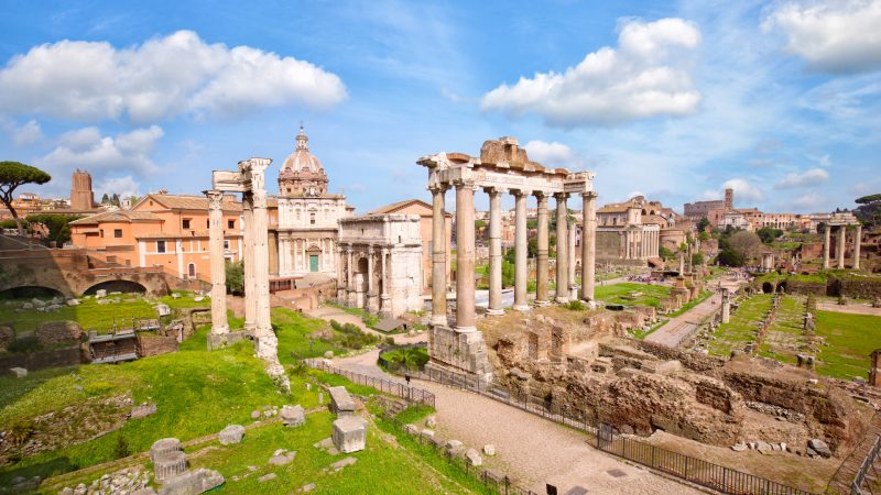 Temple of Saturn in Roman Forums in Rome